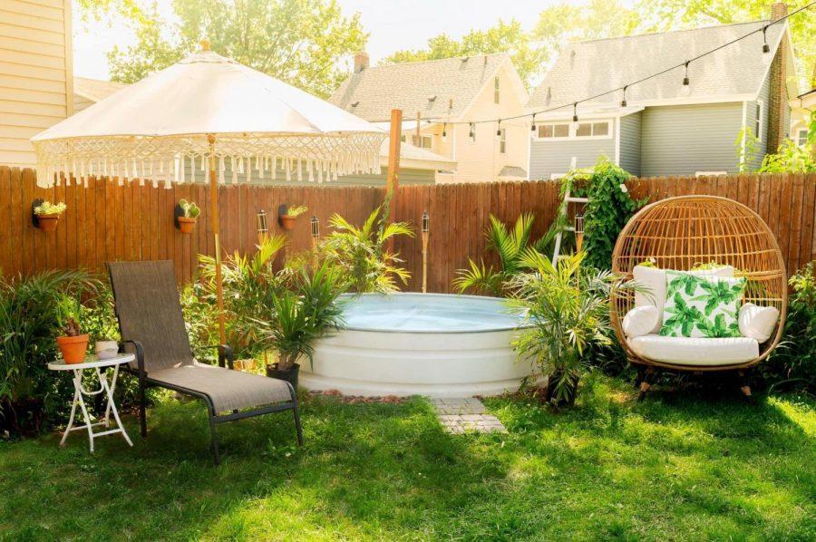 Kuhlman%27s+stock+tank+pool+that+he+made+in+his+backyard.